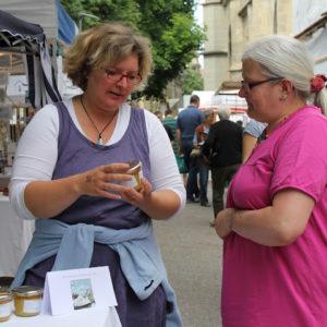 Handwerkermarkt auf der Berner Münsterplattform...